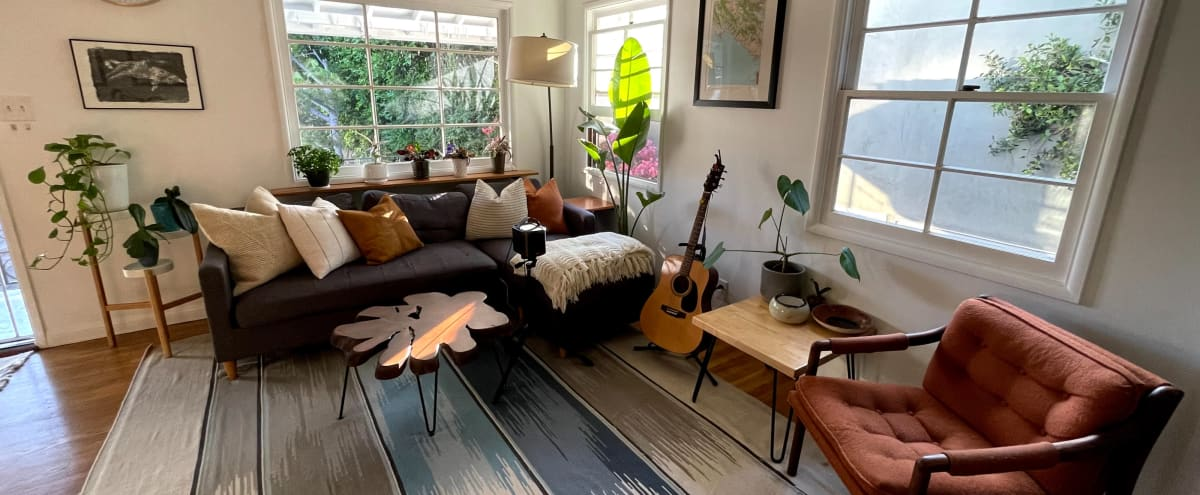 Light-filled Westside Home and Garden in Los Angeles Hero Image in Sawtelle, Los Angeles, CA