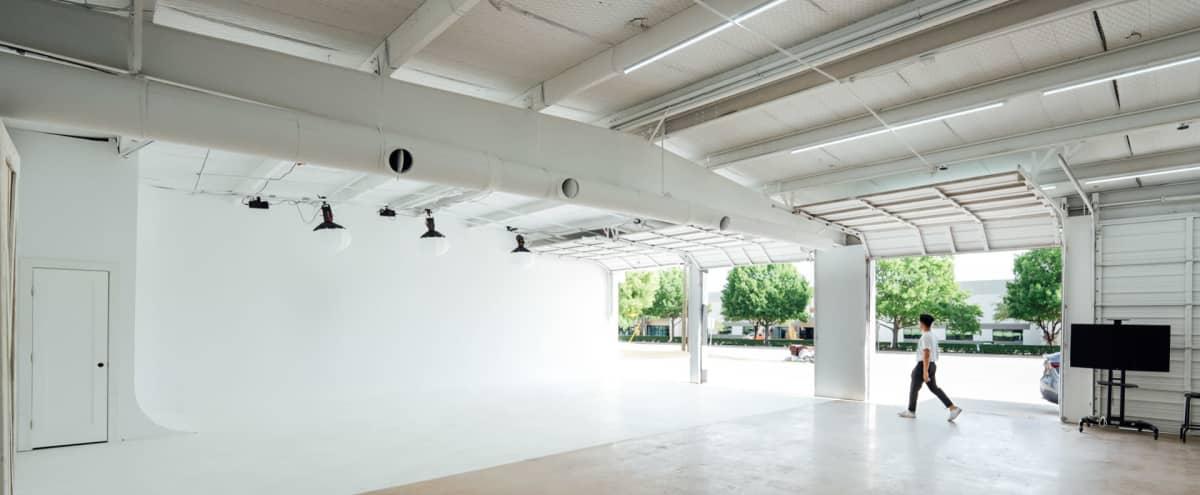 2800 sq ft Studio Building off Grapevine Main Street in Grapevine Hero Image in undefined, Grapevine, TX