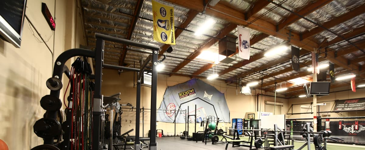 Huge Cross-Training Space with World Class Amenities Minutes from the Strip in Las Vegas Hero Image in undefined, Las Vegas, NV
