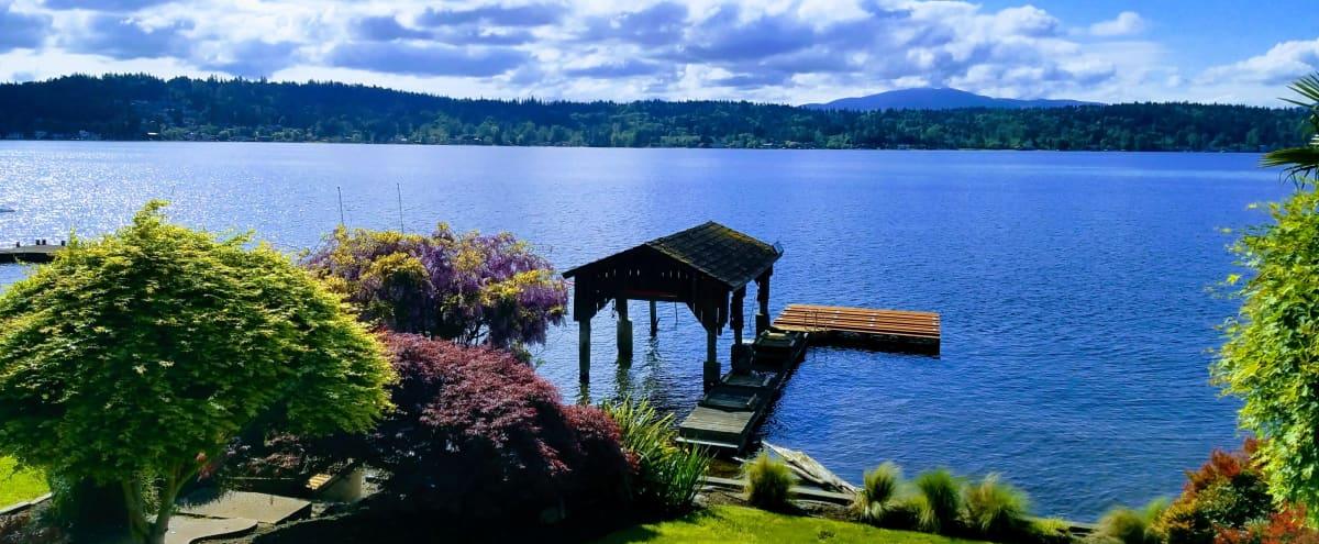 Lake Sammamish Waterfront Home in Bellevue Hero Image in Northeast Bellevue, Bellevue, WA