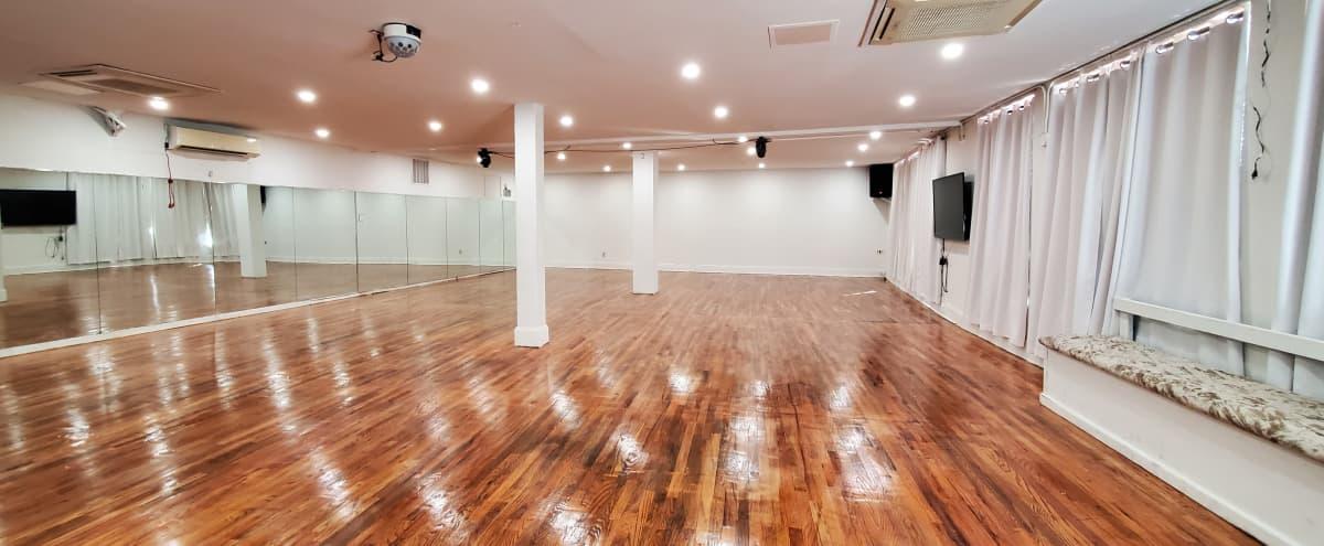 Spacious Hardwood Floor Open Studio Space in Brooklyn Hero Image in Flatbush, Brooklyn, NY