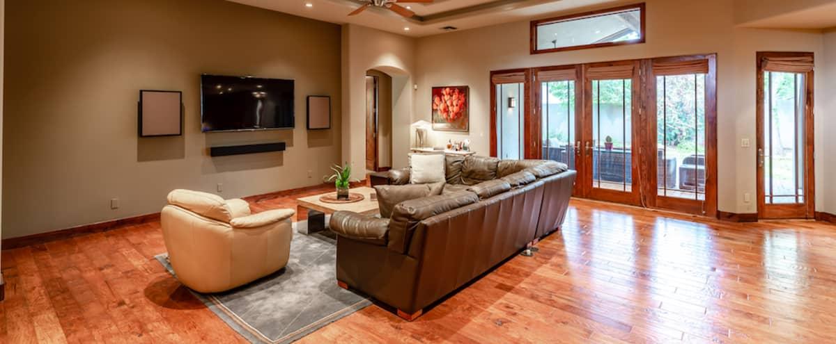 Meeting Retreat: Nicely Appointed Southwestern Theme Home in Phoenix/Arcadia in Phoenix Hero Image in Squaw Peak Villa, Phoenix, AZ