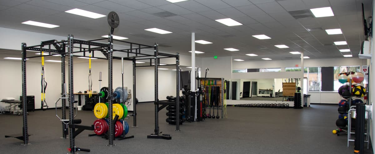 Clean & Spacious Fitness Facility in Los Angeles Hero Image in Hermon, Los Angeles, CA