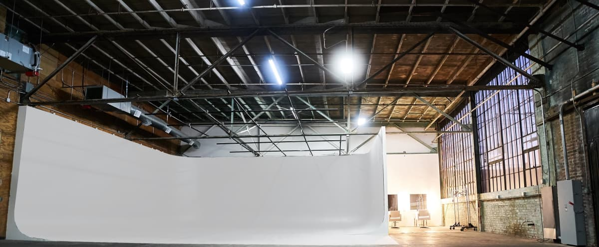 3 Wall Cyclorama Stage in Los Angeles Warehouse in Los Angeles Hero Image in South Los Angeles, Los Angeles, CA