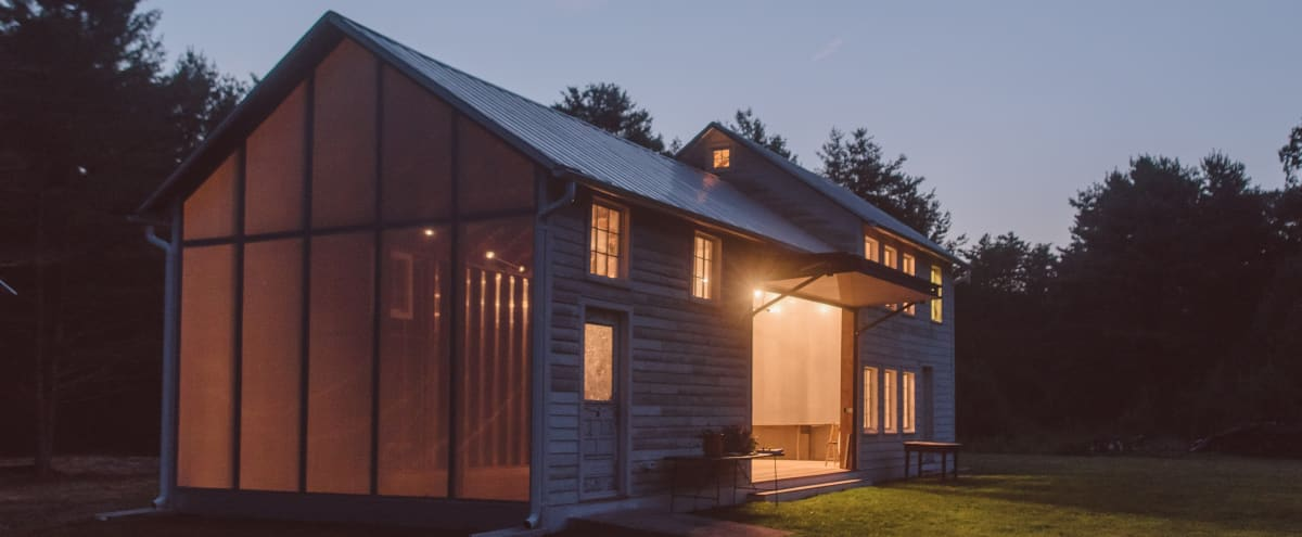 Catskills Barn at Floating Farmhouse in Eldred Hero Image in undefined, Eldred, NY