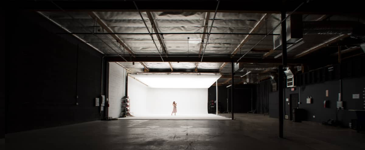 **LIMITED TIME OFFER** N. Hollywood Film/Photo Studio w/ White Cyc & Top-Light Soft-Box! in North Hollywood Hero Image in North Hollywood, North Hollywood, CA