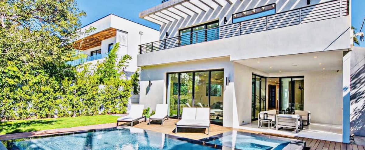 Modern Luxury West Hollywood Mansion Villa in Los Angeles Hero Image in Hollywood, Los Angeles, CA