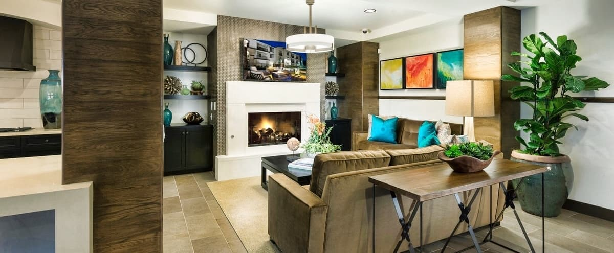 Cozy and Spacious Entertainment Lounge in Mission Viejo Hero Image in undefined, Mission Viejo, CA