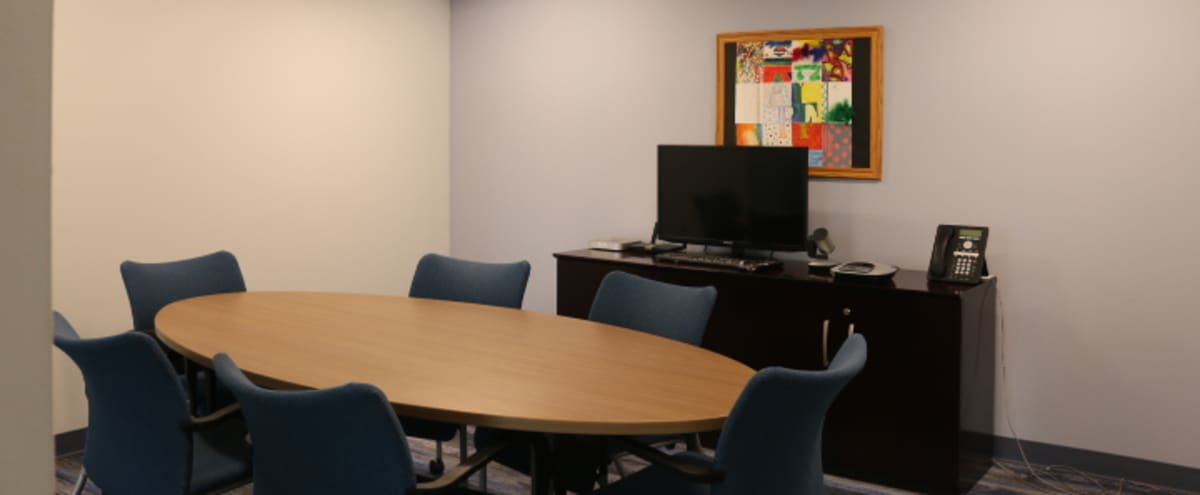 Small Meeting Room - Great Amenities in Washington DC Hero Image in Northwest Washington, Washington DC, DC