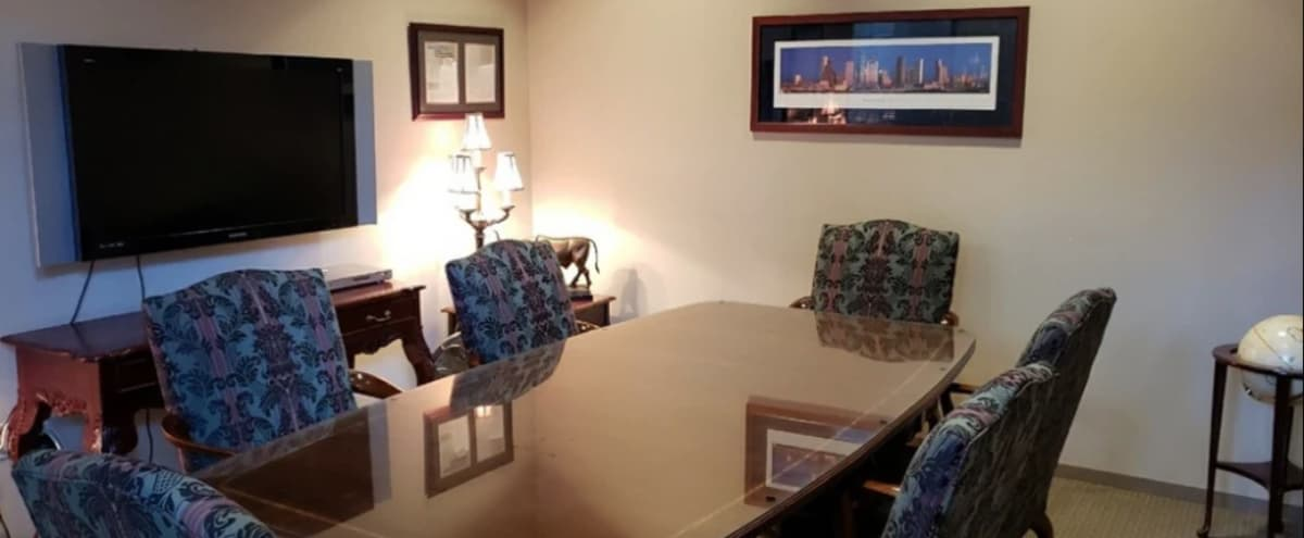 Private 6 Person Conference Room - TV - Free Parking - Kingwood in Kingwood Hero Image in Kingwood, Kingwood, TX