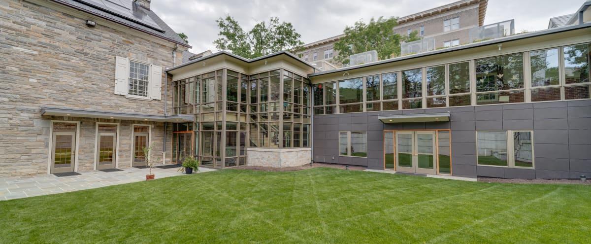 Private Garden Courtyard Space in WASHINGTON Hero Image in Kalorama Heights, WASHINGTON, DC