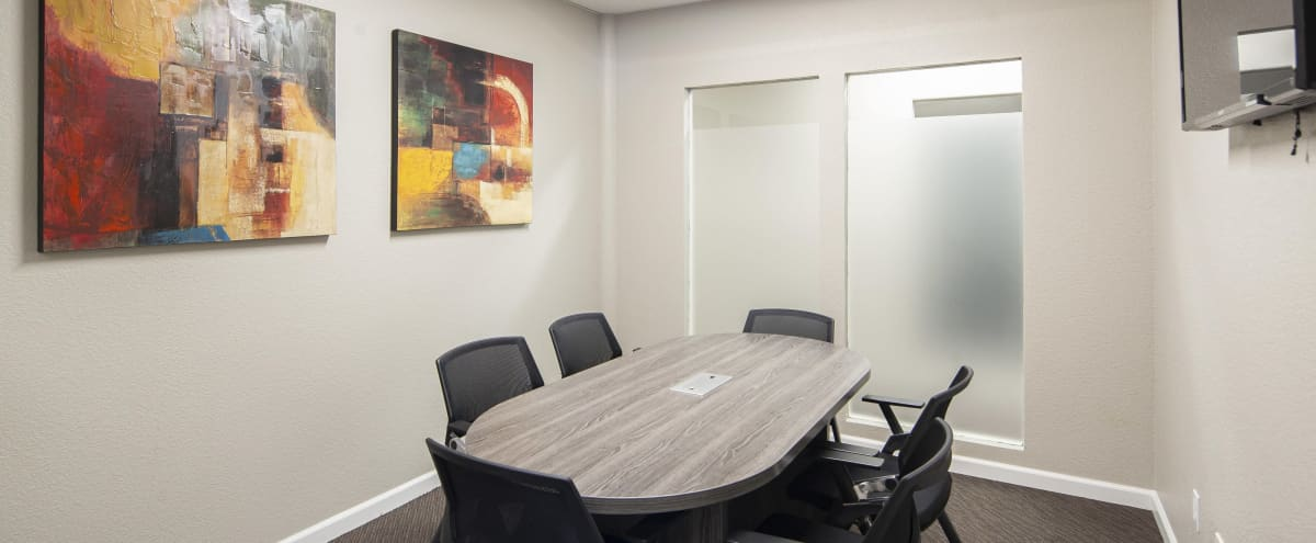 Modern 6 Person Conference Room in Roseville in Roseville Hero Image in Cresthaven, Roseville, CA