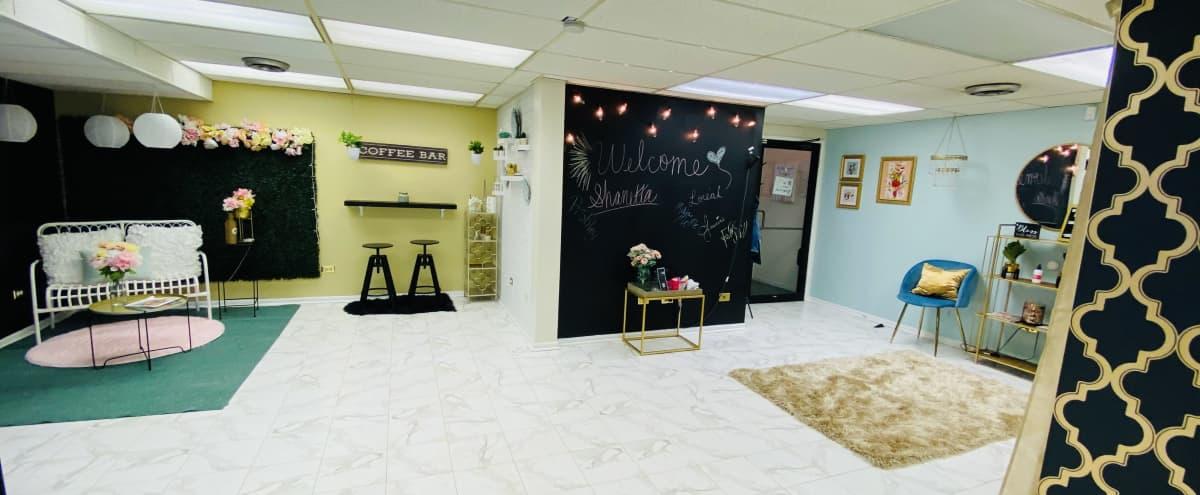 Cute Small Studio for Events in Berwyn Hero Image in undefined, Berwyn, IL
