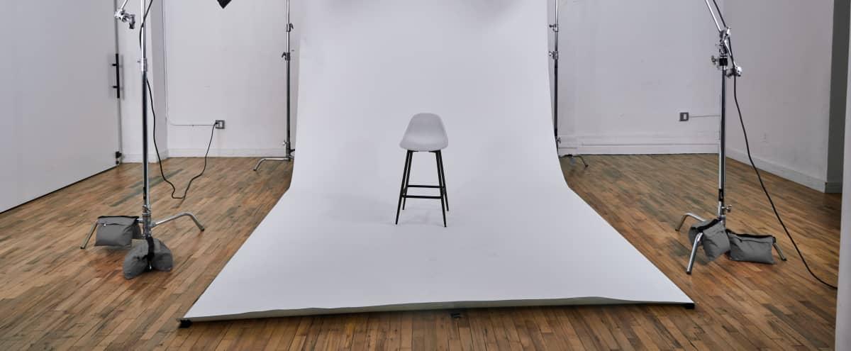 SoHo Fully Equipped Photo Studio 1000 sq ft Space in New York Hero Image in Lower Manhattan, New York, NY