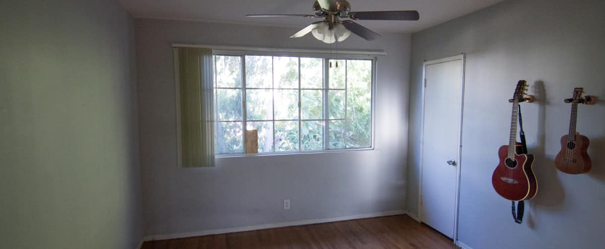 Affordable Bright Open Room Wooden Floor in Los Angeles Hero Image in Central LA, Los Angeles, CA