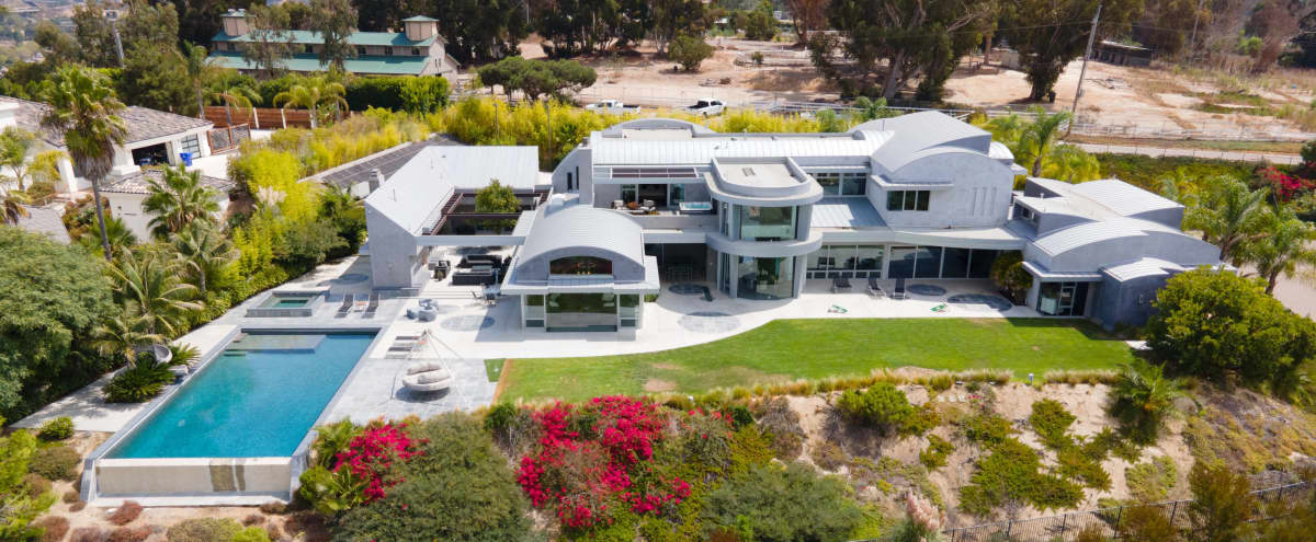 Contemporary San Diego Mansion in San Diego Hero Image in Carmel Valley, San Diego, CA