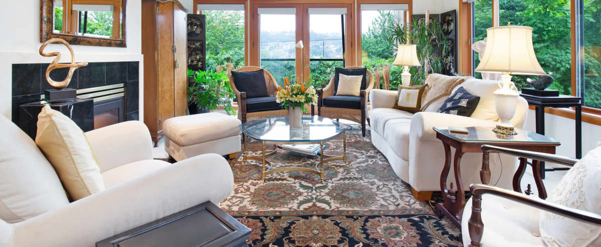 Eclectic Chic Townhome | The Fabulous Fairview on Lake Union in Seattle Hero Image in Eastlake, Seattle, WA