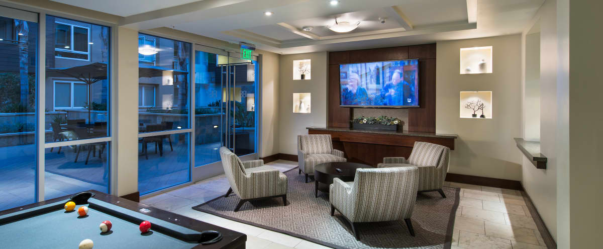 Elegant and Modern Club Lounge and Courtyard in Anaheim in Anaheim Hero Image in Platinum Triangle, Anaheim, CA