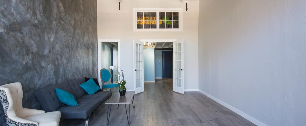 Airy, Contemporary Lake Merritt Studio in Oakland Hero Image in Ivy Hill, Oakland, CA