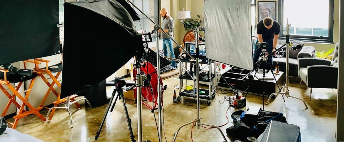 Studio Downtown Dallas / Photo & Film studio in Dallas Hero Image in Dallas Downtown Historic District, Dallas, TX