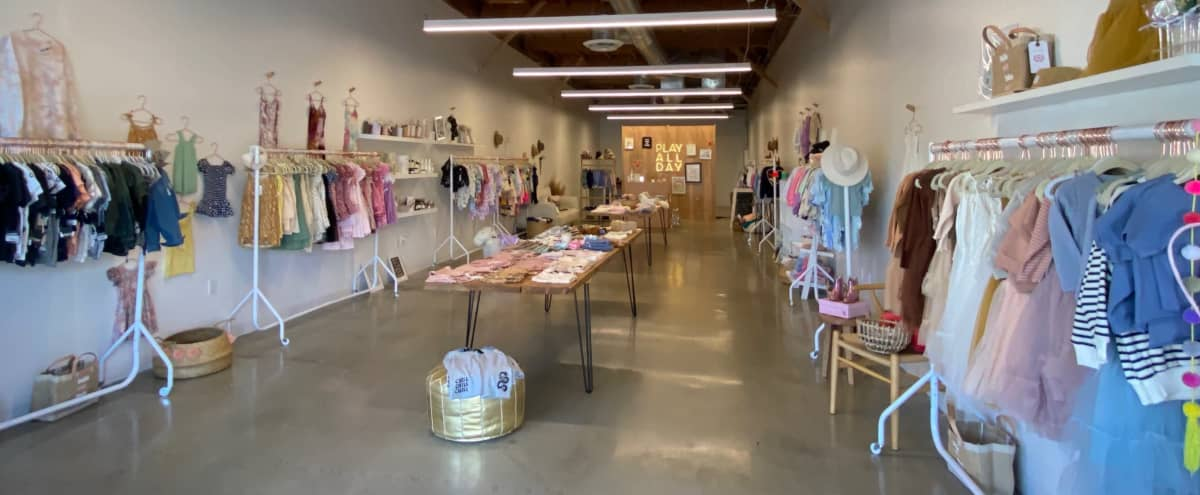 Light, Open Warehouse Space in Woodland Hills Hero Image in Woodland Hills, Woodland Hills, CA