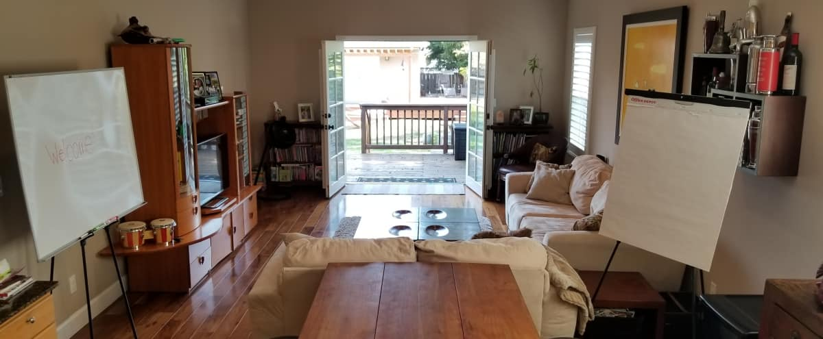 Spacious Contemporary Home with Great Accessibility and Lots of Seating Options in San Mateo Hero Image in South San Mateo, San Mateo, CA