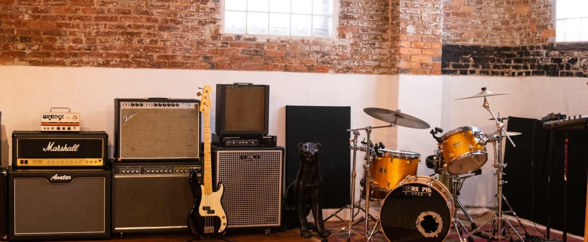 Warm Recording Studio in Historic Building in Baltimore Hero Image in Barclay, Baltimore, MD
