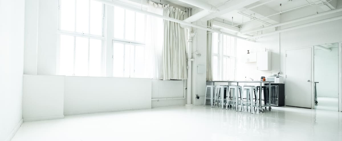 West Chelsea - Beautiful Sunny, South-facing Unobstructed Daylight Studio in New York Hero Image in Chelsea, New York, NY