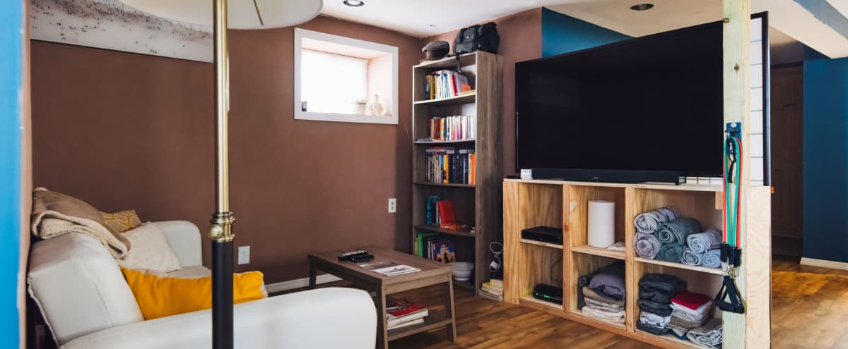 Homey Space for Creatives in North Bergen Hero Image in undefined, North Bergen, NJ