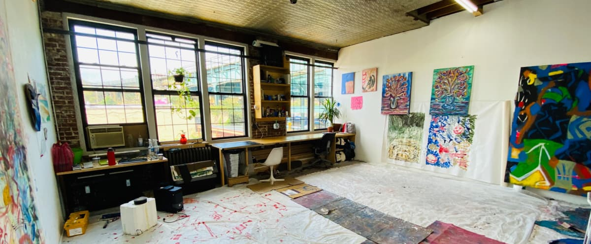 Art/ Photo Studio with tons of natural light in Brooklyn Hero Image in Ocean Hill, Brooklyn, NY