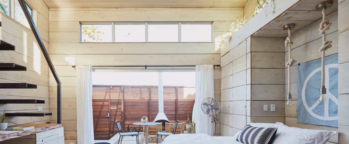 Modern Beach Cabin, Great Lighting & Design Details in Los Angeles Hero Image in Mar Vista, Los Angeles, CA