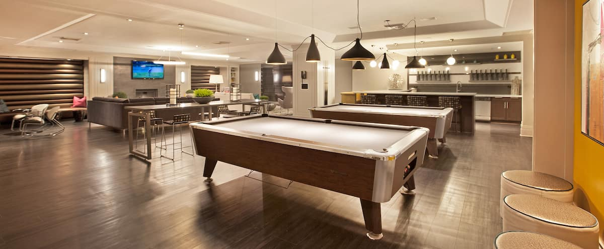 Flexible Lounge and Game Room in Financial District in New York Hero Image in Lower Manhattan, New York, NY