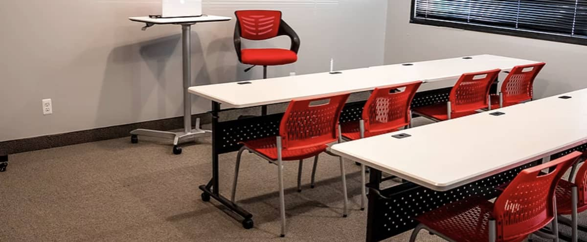 Modern Meeting Space in Southfield - Multiple Configurations Available in Southfield Hero Image in undefined, Southfield, MI