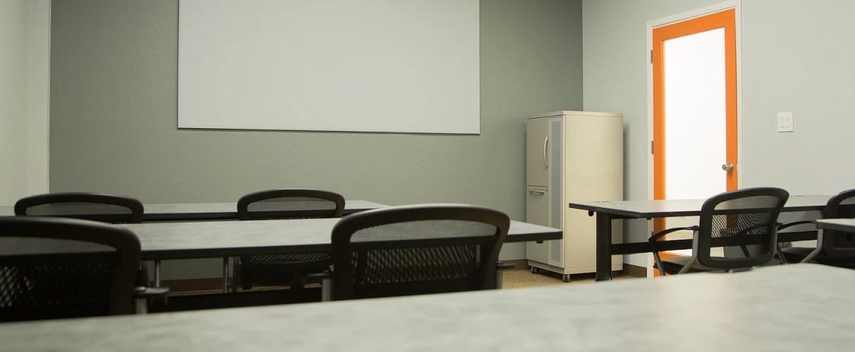 Educational Flex Space for 24 Centrally Located in Phoenix in Tempe Hero Image in undefined, Tempe, AZ