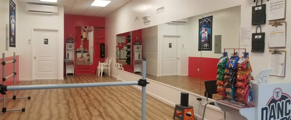 Premier Bronx Studio & Event Space in Bronx Hero Image in Throgs Neck, Bronx, NY
