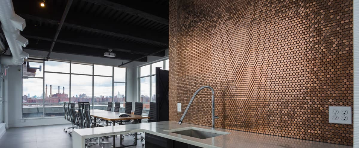 Penthouse Loft +Rooftop with Amazing City Views in Brooklyn Hero Image in Greenpoint, Brooklyn, NY