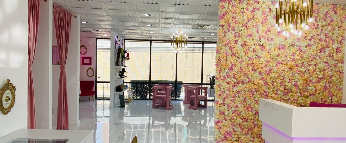 Luxury Women's Boutique in Galleria Mall Area in Dallas Hero Image in Far North Dallas, Dallas, TX