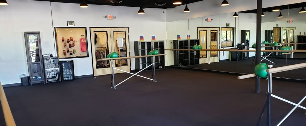 Natural Lit, Spacious, and Well Equipped Carpeted Studio in Phoenix Hero Image in Paradise Valley Village, Phoenix, AZ