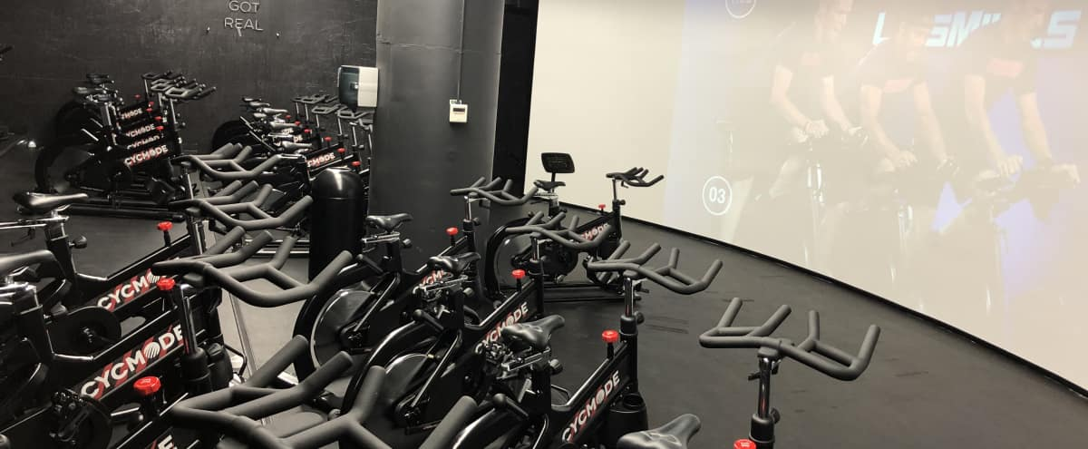 Super Chic Immersive Fitness Studio & Lounge in the South Loop in Chicago Hero Image in South Loop, Chicago, IL
