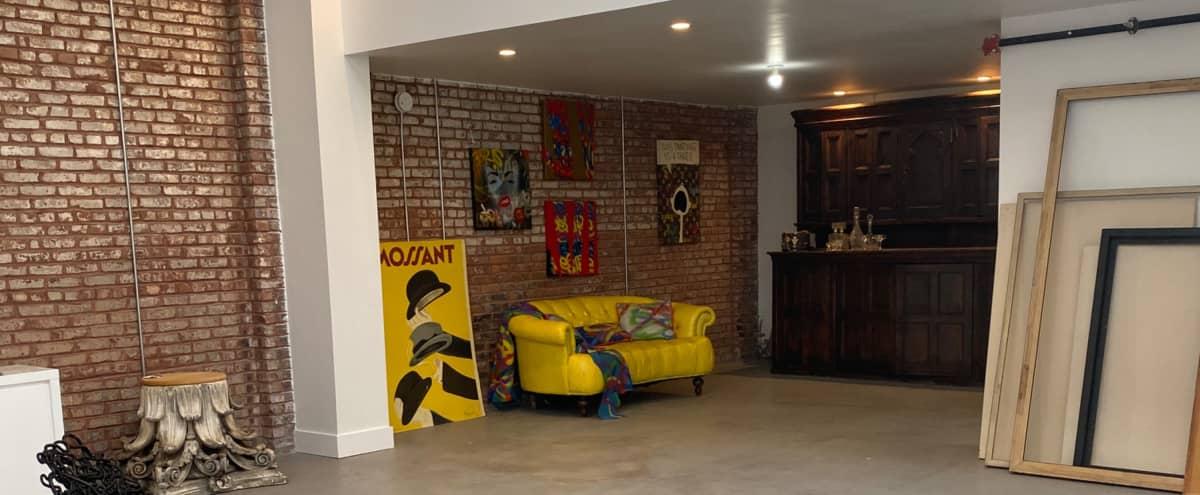 Gallery Style Loft with  rustic farmhouse Appeal in Newark Hero Image in Seventh Avenue, Newark, NJ