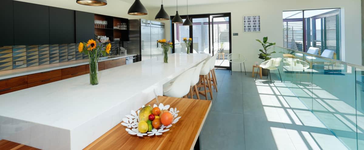 Bright Kitchen & Open Deck in Los Angeles Hero Image in West Los Angeles, Los Angeles, CA