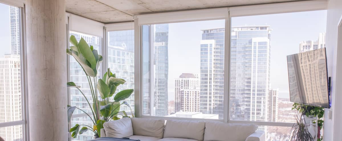 Amazing Downtown Apartment/Loft with Incredible View in Chicago Hero Image in Near South Side, Chicago, IL