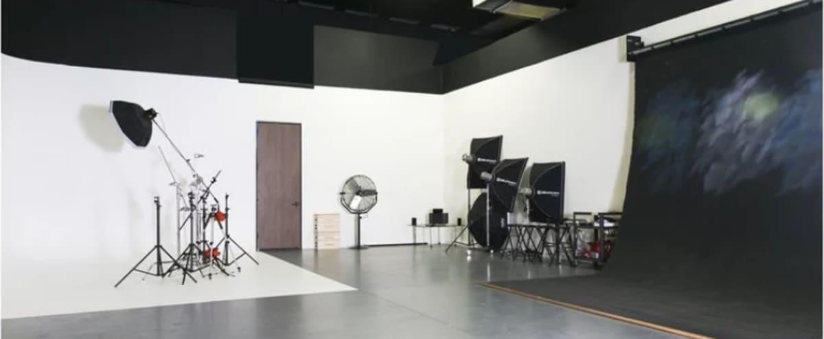Hip Photo Studio - Equipment Available in Missouri City Hero Image in Gessner Road Commerce Park, Missouri City, TX