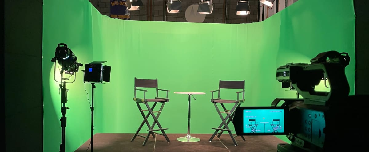 Multi-Functional Studio with Green Screen and Lighting in Hanover Hero Image in Stoney Run, Hanover, MD