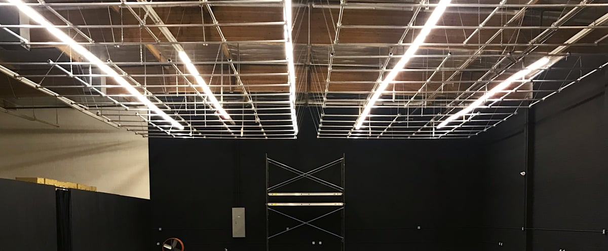 Large Film Studio Warehouse E With Lighting Grid