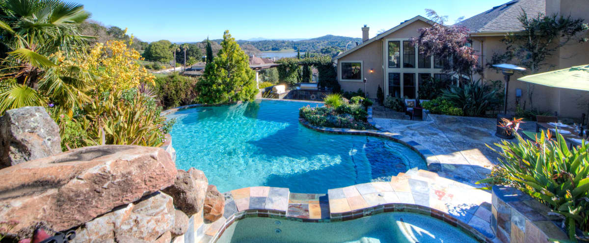 Amazing Place for photo shoot or meeting - Luxury Villa in Novato, Ca approximately 35 minutes north of San Francisco in Novato Hero Image in undefined, Novato, CA