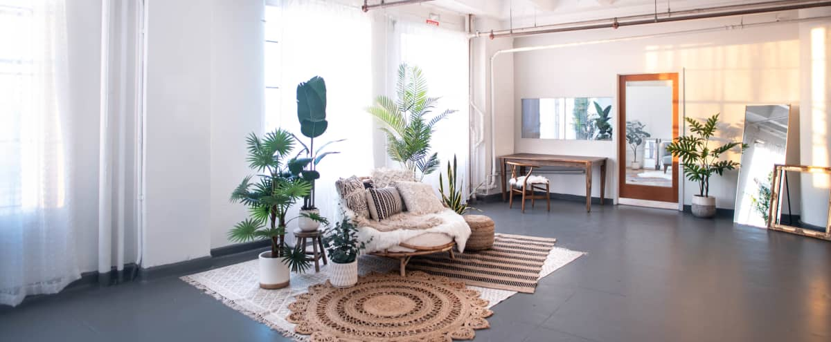 DTLA Boho3 with Rattan Daybed Decor 1,150sf in Los Angeles Hero Image in South Los Angeles, Los Angeles, CA
