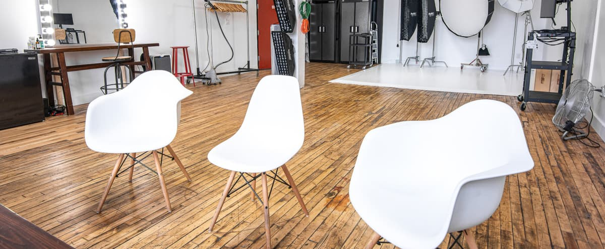 Beautiful Photography Studio with equipment available in Brooklyn Hero Image in East Williamsburg, Brooklyn, NY