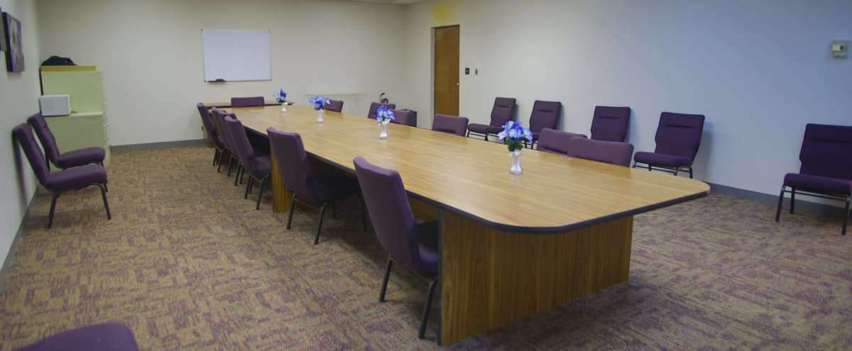 Large Southside Executive Meeting Space in Chicago Hero Image in Morgan Park, Chicago, IL