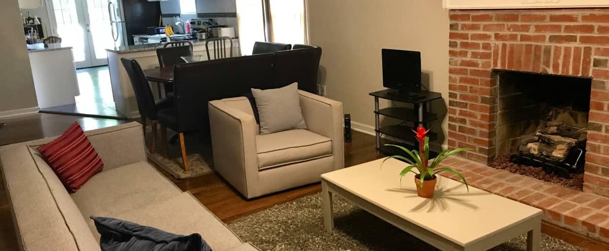 Indoor & Outdoor - Intimate Space - Creative Cottage in Atlanta Hero Image in Venetian Hills, Atlanta, GA